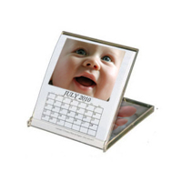 4.75 x 5.3 Jewel Case Calendar (white background) 2019
