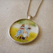 Necklace (1.5 inch-round-antique silver)