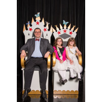 Daddy Daughter Dance 2016 - Throne 1