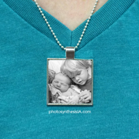 "3/4"" Square Photo Pendant w/ Necklace"