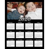"""Affiche d'un calendrier 2020 sur fond noir (8""""x10"""") - Vertical"""